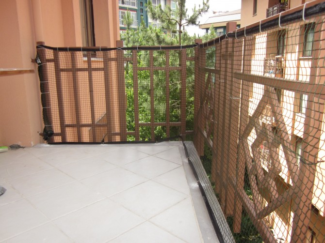 BALKON ÇEVRE FİLESİ